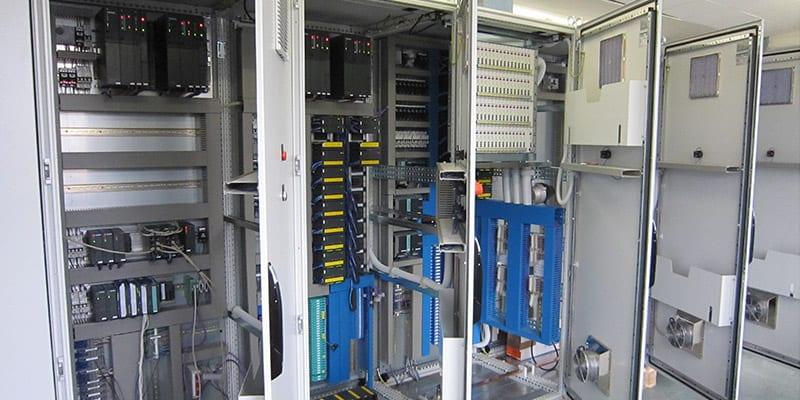 PV_Benzin_08_vollredundante Automatis.station für Benzinverladungen
